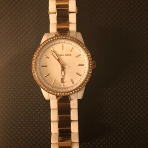 HP 🎉 Michael Kors Bradshaw 2 Pave Watch